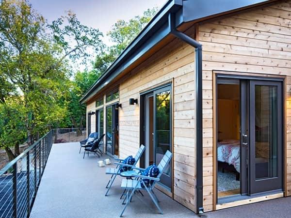 exterior-Balance-casa-prefabricada-Blu_Homes-terraza