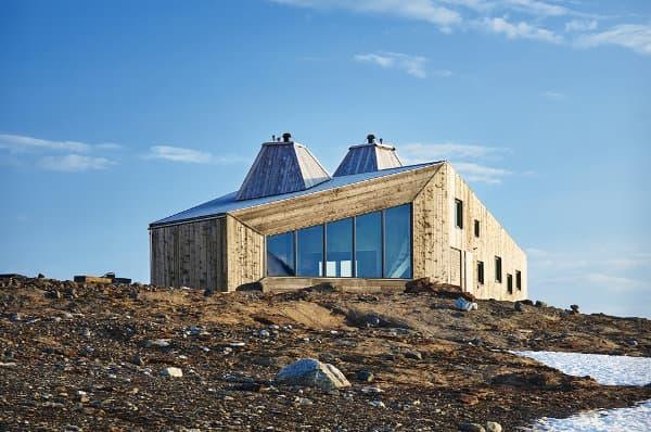 exterior-Cabana-madera-Rabot-Noruega