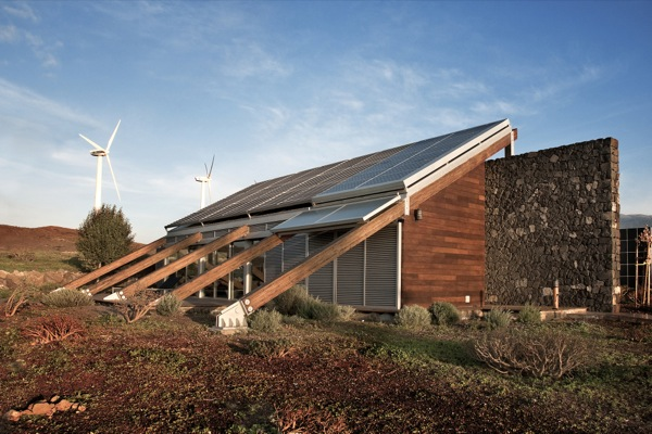 exterior-Casa-Bioclimatica-en-Tenerife-España