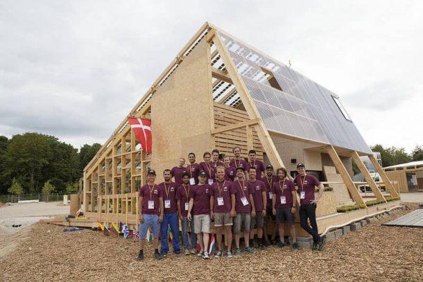 exterior-Embrace-casa-solar-equipo-DTU