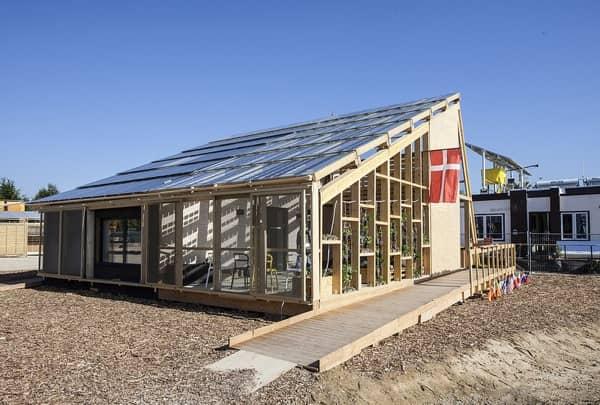 exterior-Embrace-casa-solar