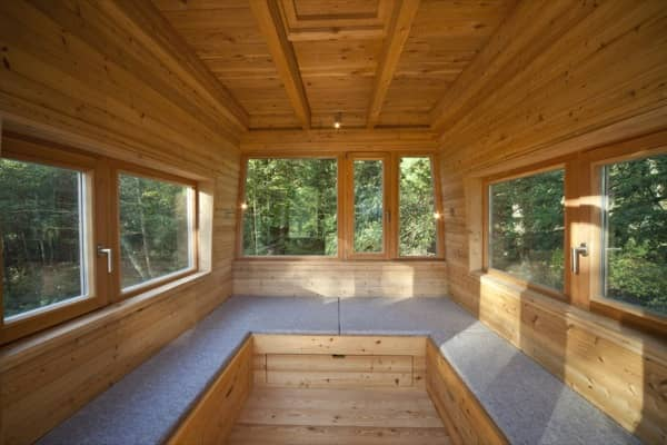 interior-Solling-refugio-arboles-planta-baja