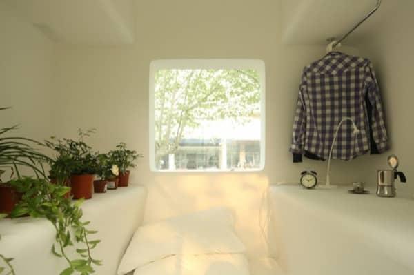 interior-dormitorio-Micro-Casa-fibra-vidrio