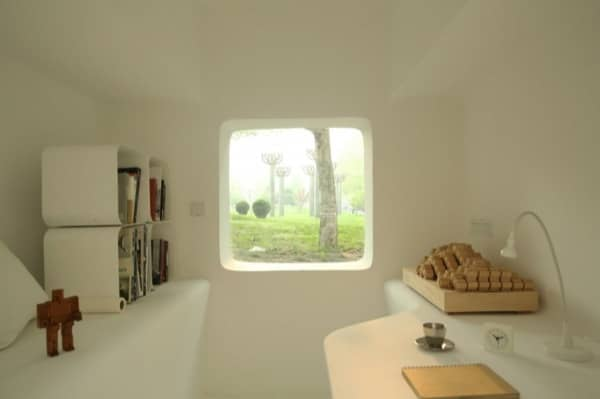 interior-escritorio-Micro-Casa-fibra-vidrio