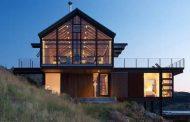 Casa de campo que se abastece de energía solar