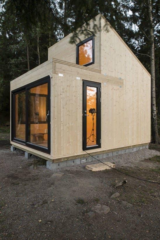 Refugio de madera con 29 elementos prefabricados - Refugios de madera prefabricados ...