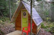 Rock Bottom: pequeña cabaña hecha con 300 dólares