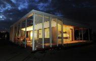 Sure House: casa solar resistente y sostenible
