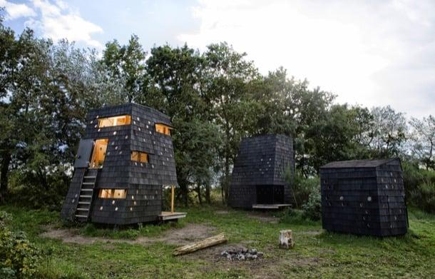 refugios de madera en el archipielago isla Fiona