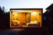 CUBE: caseta de jardín con pantallas deslizantes