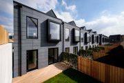 hoUSe: casas adosadas prefabricadas en Manchester