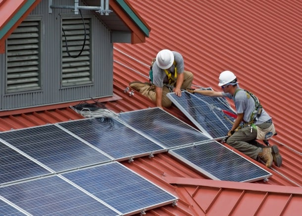 instalación paneles solares en tejado