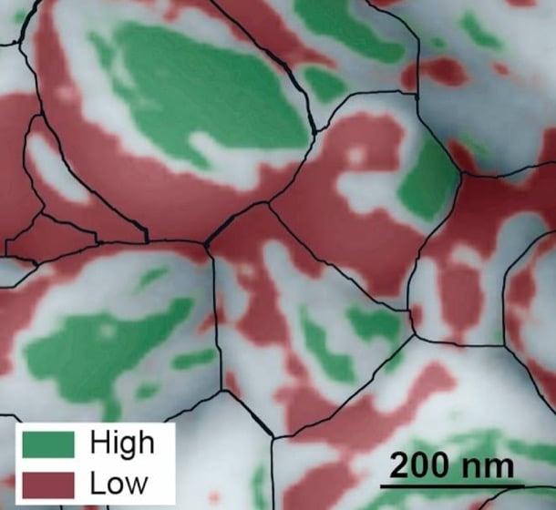 celdas solares perovskita al microscopio