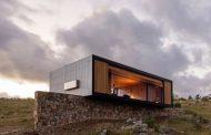 Retiro en Finca Aguy: construcción prefabricada, por MAPA
