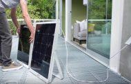 SolPad: panel solar integrado, con inversor, batería, y software