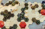 Zighizaghi: espacio urbano con madera, vegetación, luz y sonido