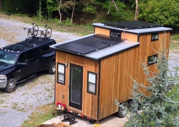 pequeña casa solar