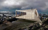 Refugio en voladizo para paisajes islandeses