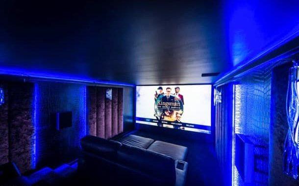Garden Cinema: caseta de jardín para ver pelis