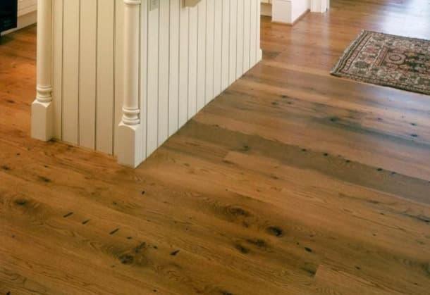 piso con madera recuperada de roble-americano