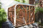 Dragonfly Pavilion: estructura de madera para el jardín