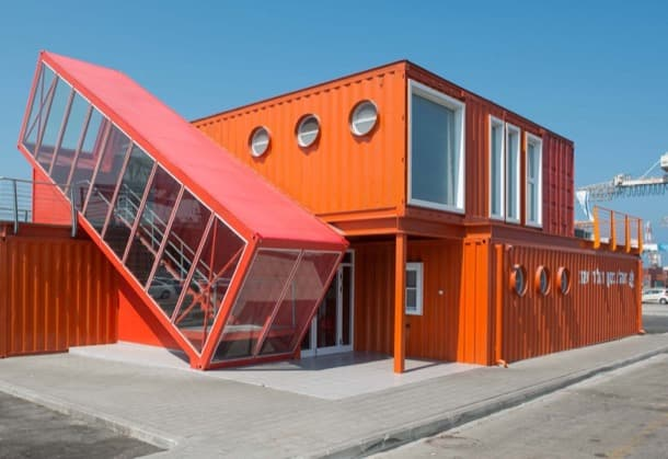 contenedor-inclinado-oficinas-puerto-ashdod