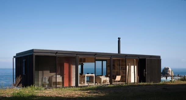 Casa Remota: hecha con 4 módulos prefabricados