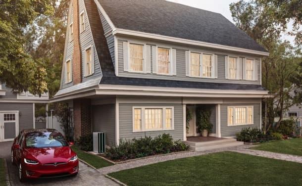 vivienda con tejado solar de Tesla