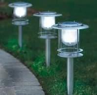 lámparas solares para el jardín